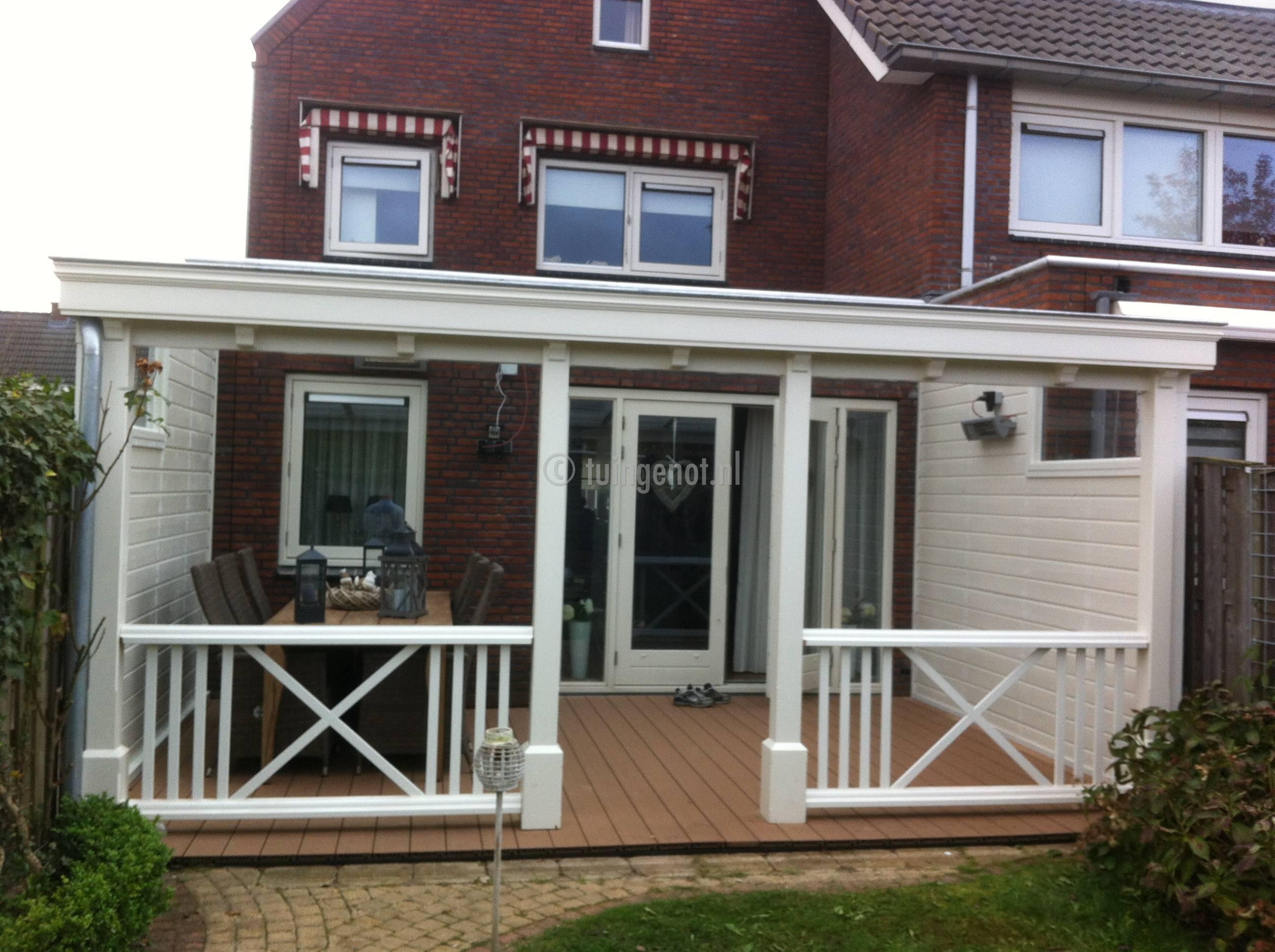 Tuingenot 84 hardhouten veranda met zijkant en raamkozijn for Houten veranda