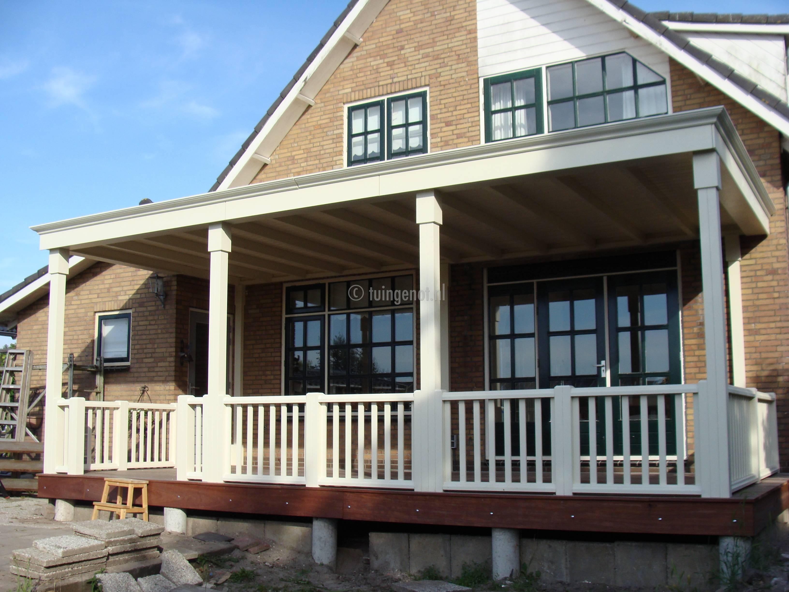 Tuingenot houten veranda van meranti for Houten veranda